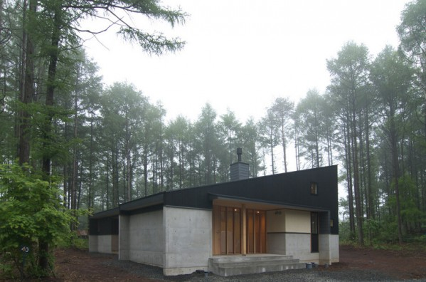「霊仙寺の家」西側外観